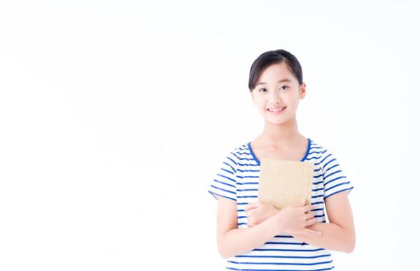 搾乳方法・手しぼりと搾乳器(さくにゅうき)をどう使う?